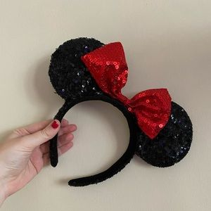 WDW Minnie Mouse Ears with Sequins